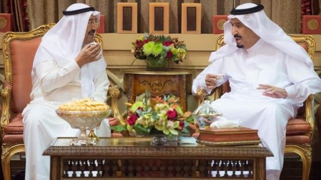 العاهل السعودي يجري اتصالا هاتفيا للاطمئنان على صحة أمير دولة الكويت