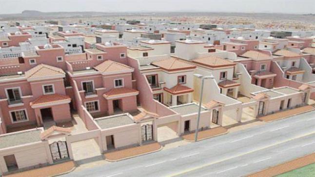 تسليم أكثر من 17 ألف قطعة أرض سكنية مجانية لمواطني المملكة بمختلف المناطق